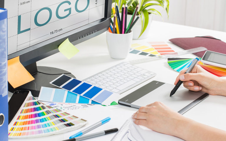 Use-The-Right-Tools-For-Logo-Design